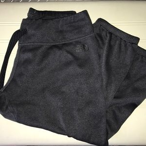 NWOT Cropped North Face Sweatpants